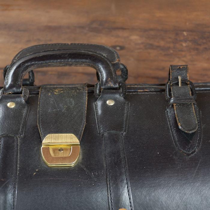 Maletín-médico-antiguo-vintage-decoración-TimesMarket